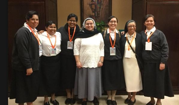 Oremos por las Hermanas Dominicas de la Vida Cristiana en USA